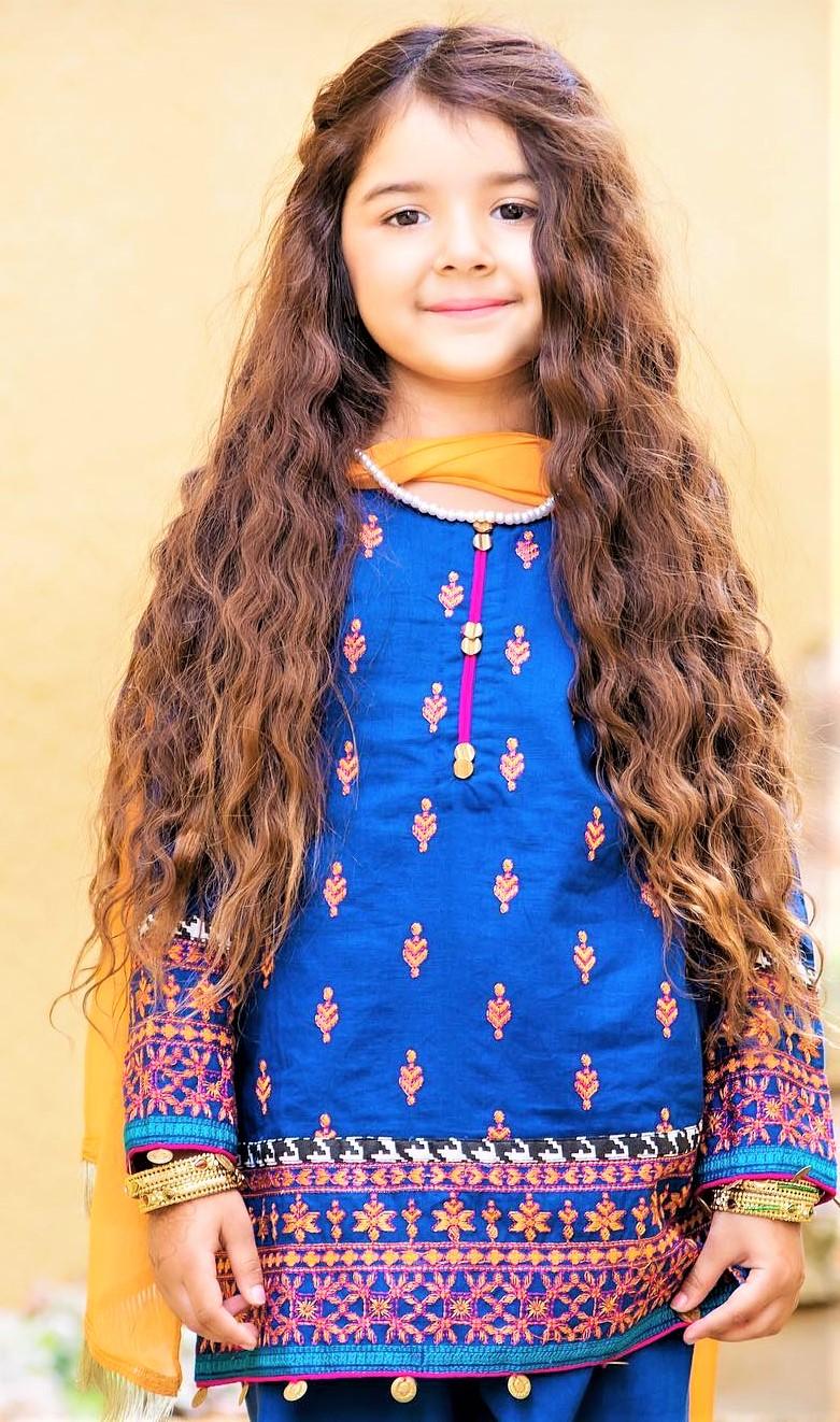 Beautiful Miah Dhanani Photoshoot For Maria B Dresses