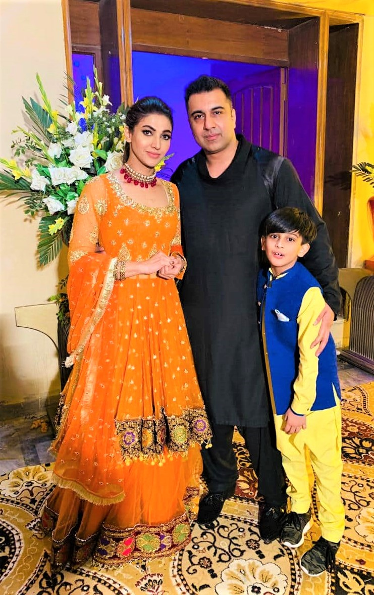 Sana Fakhar Family Wedding Pics with Husband and Kids