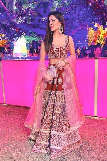 Ayesha Omer bridal dresses