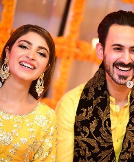 Kinza Hashmi Pakistani Actor Looks Stunning At Brother Wedding