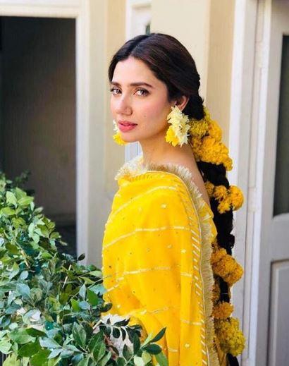 Mahira Khan Dresses 2019 Marvellous Look