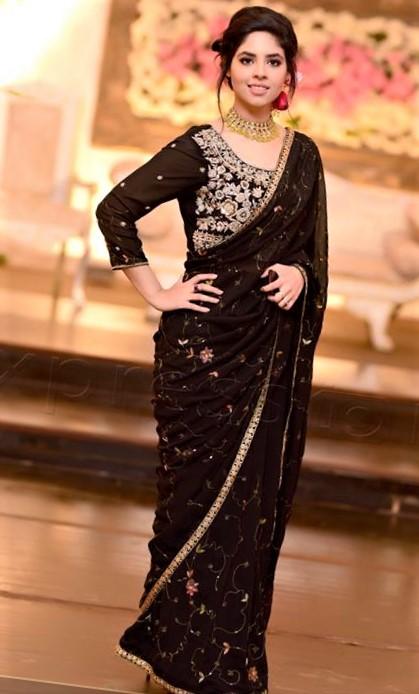 new mehndi dress design 2017-2019
