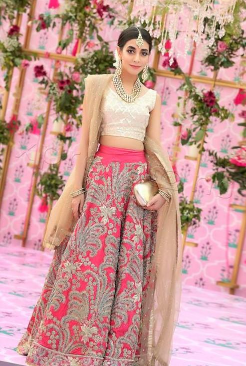 new style of mehndi dress