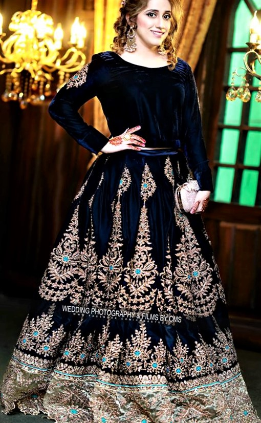 velvet lehnga Designs of Mehndi Dresses