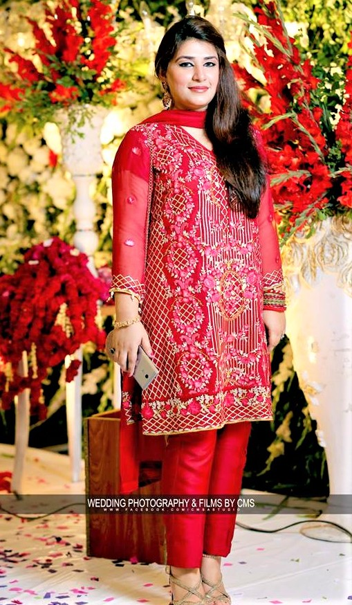 Shalwar Kamees Latest Designs of Mehndi Dresses