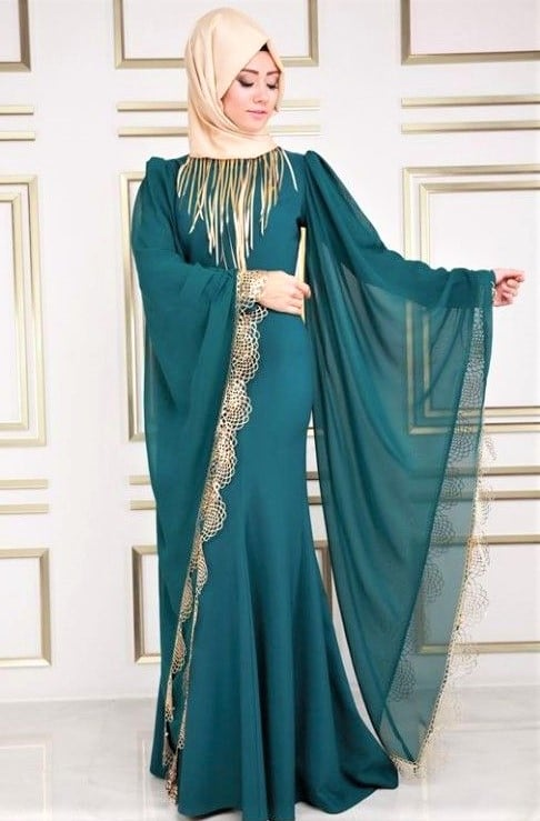 black Latest Turkish Abaya Styles