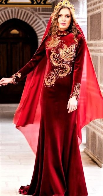 Latest Bridal Engagement Dresses in Pakistan turkey style