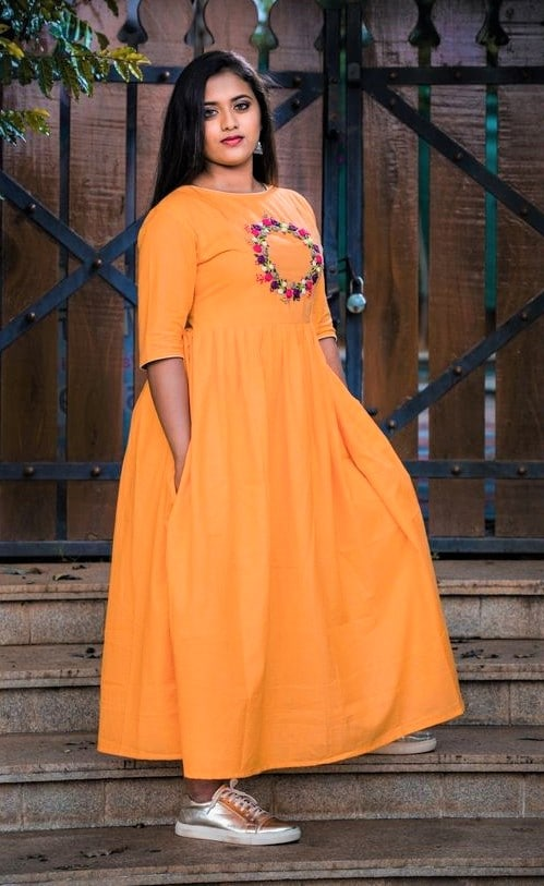 Simple casual wear Pakistani Long Frock Designs for Girls