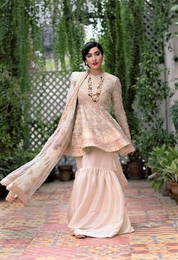 Best Suit Stitching Style Pakistani Dresses Designs
