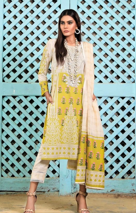 Sana Safinaz Lawn Designs Pakistani