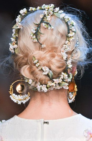 Wedding Hairstyles with Flowers for girls