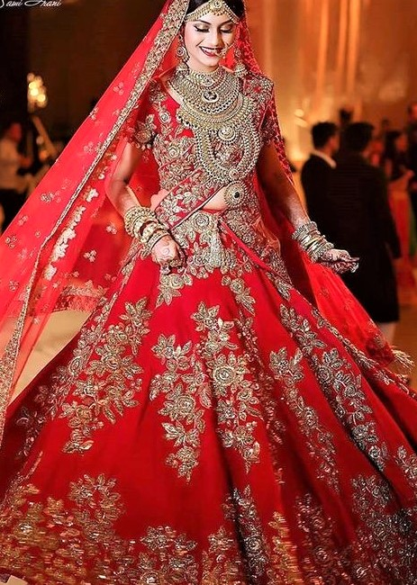 Best Pakistani Bridal Barat Dresses Designs 2019 for Wedding