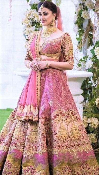 Best Winter Wedding Dresses In Pakistan Mehndi Dresses 2020 2021 Pakistani Latest Wedding Wear Dresses