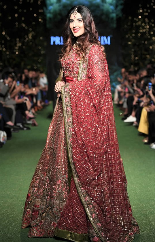 Best Fahad Hussayn Couture Bridal Dresses at PDFC 2019