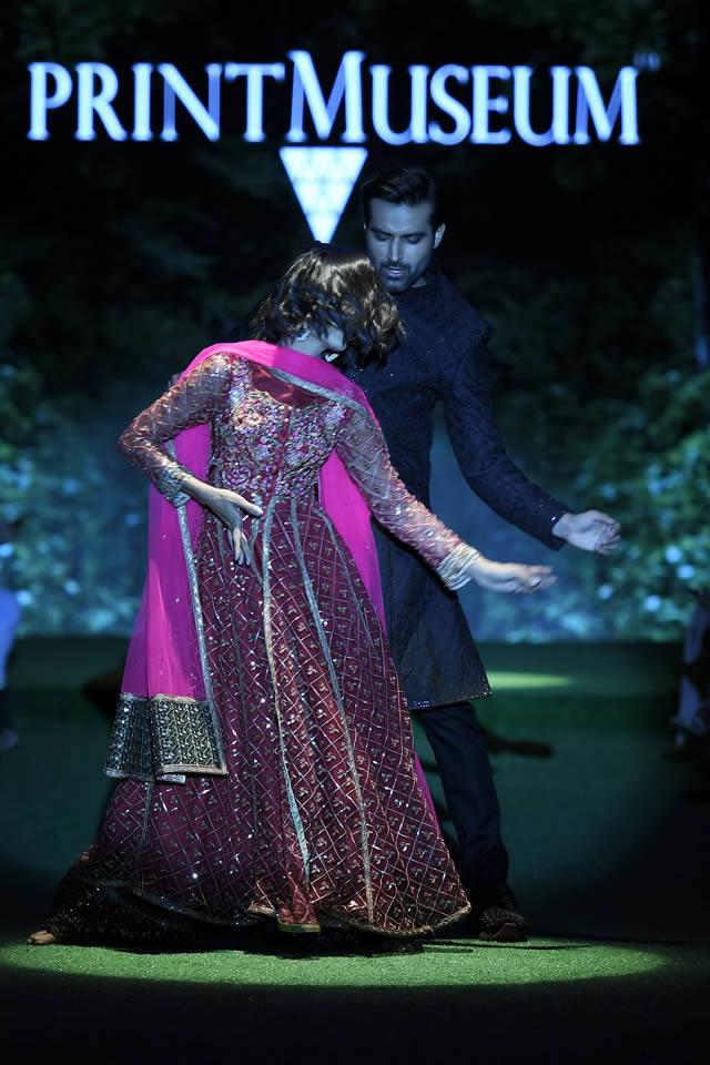 fahad hussayn dress designer