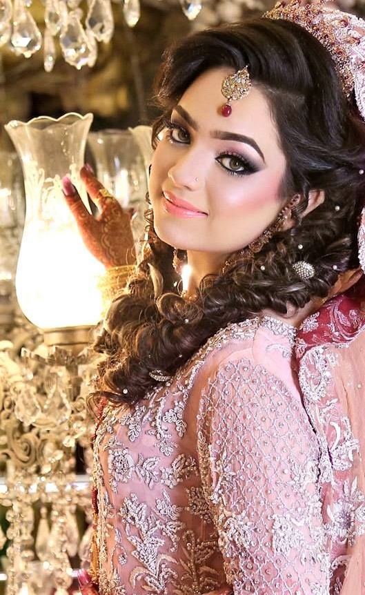 Kashee's Walima Makeup for brides 2019