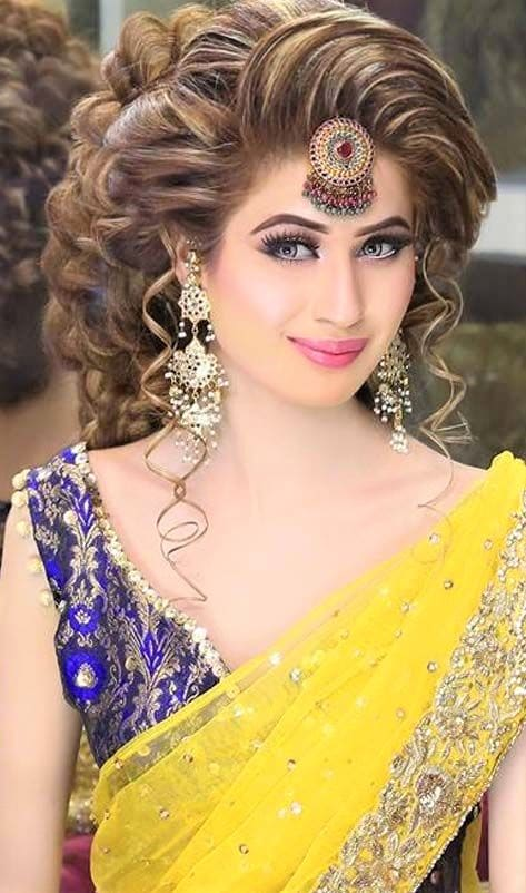 Latest Kashees Bridal Makeup for mehndi