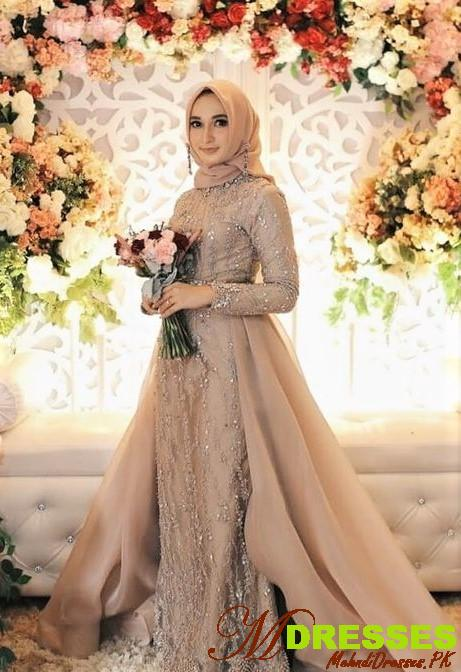 pakistani bridal dress on nikah event