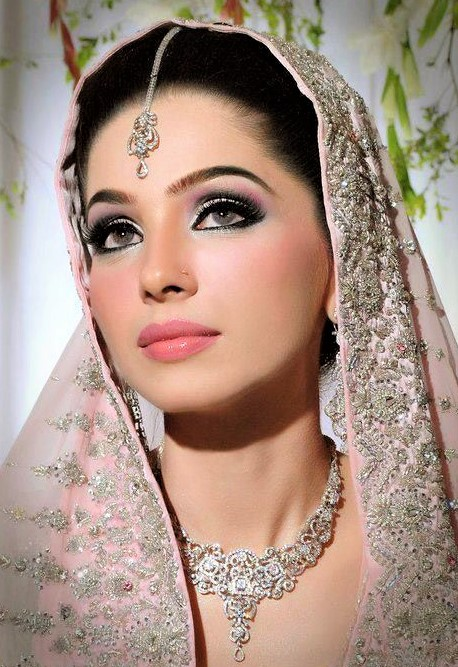 Latest Kashees Bridal Makeup 2019 for wedding