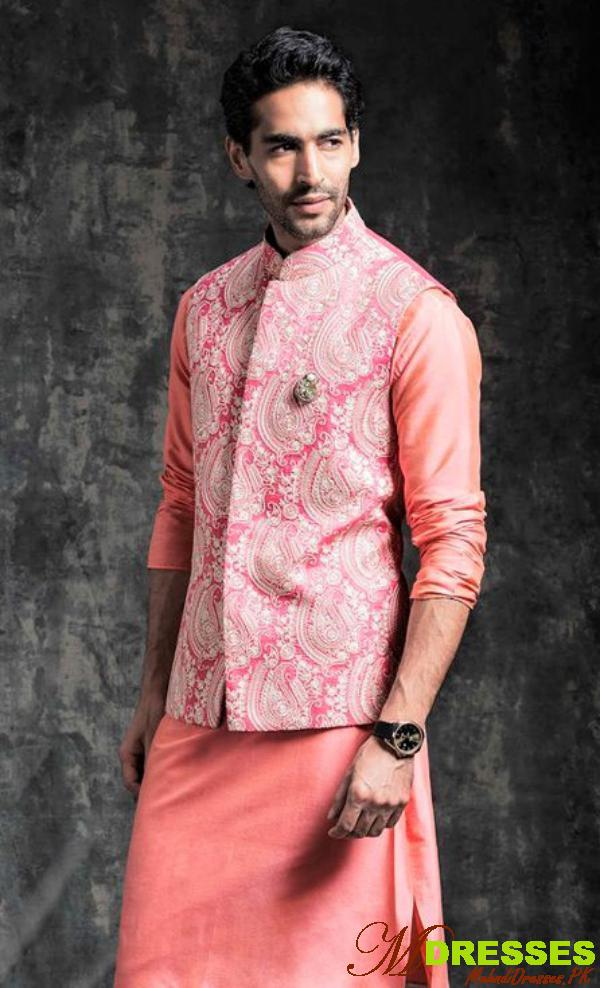 Favorite Barat Dresses for Men Pakistani Wedding Best Ideas