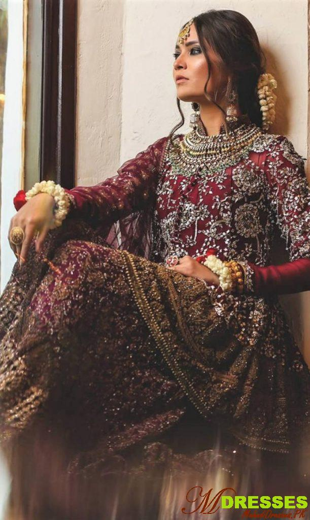 Brides wedding outfit by hsy