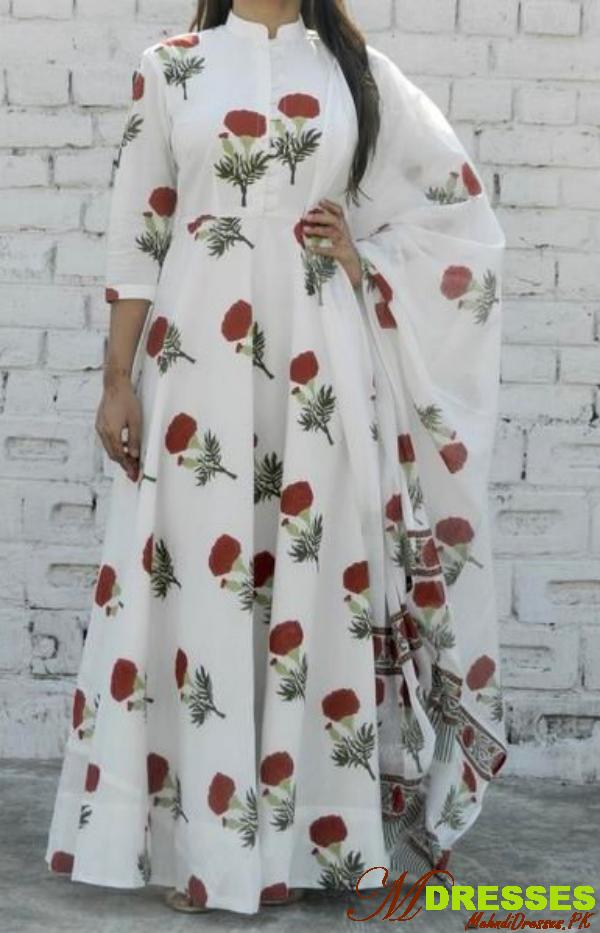 Trendy White Dress Maxi Long Sleeve in Summer